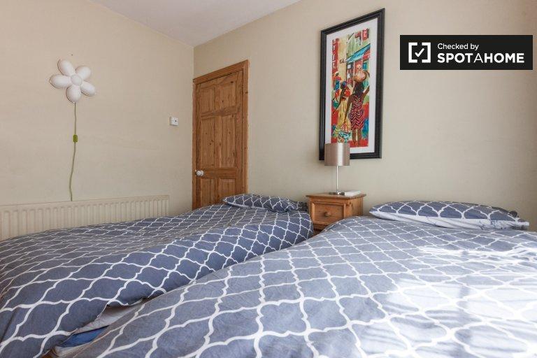 Zimmer zu vermieten in 3-Zimmer-Einfamilienhaus in Marino, Dublin