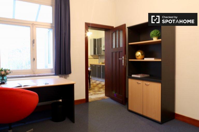 Salle de détente dans un appartement de 2 chambres à Etterbeek, Bruxelles