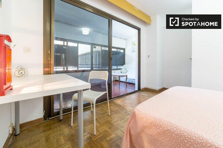 Bedroom 6- double bed