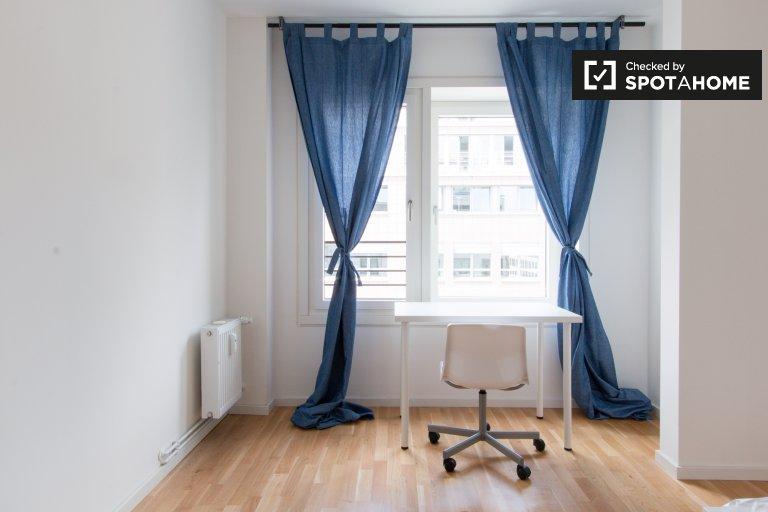 Rooms for rent in 8-bedroom apartment in Mitte, Berlin