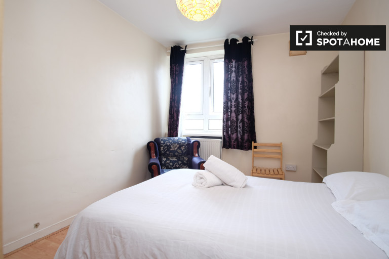 Spacious 3-bedroom apartment for rent in Tower Hamlets