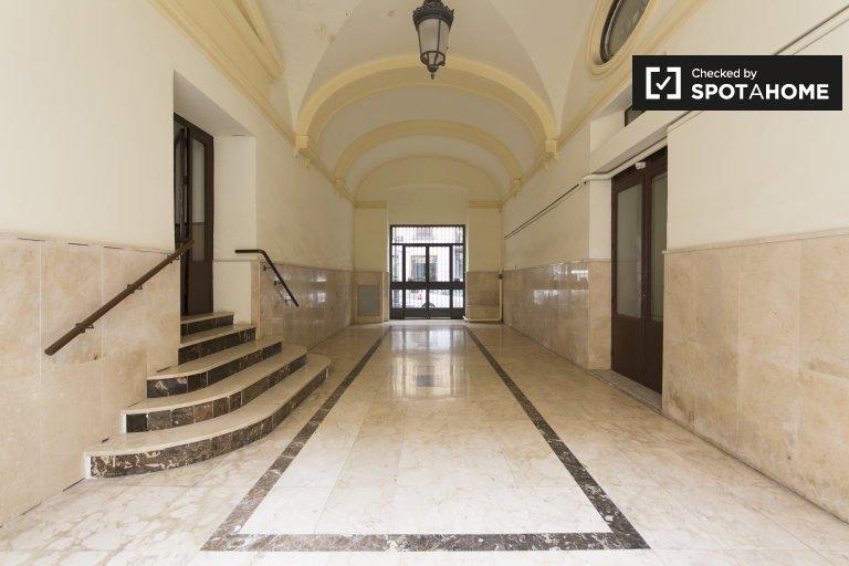 Schöne 3-Zimmer-Wohnung zur Miete in Centro, Madrid