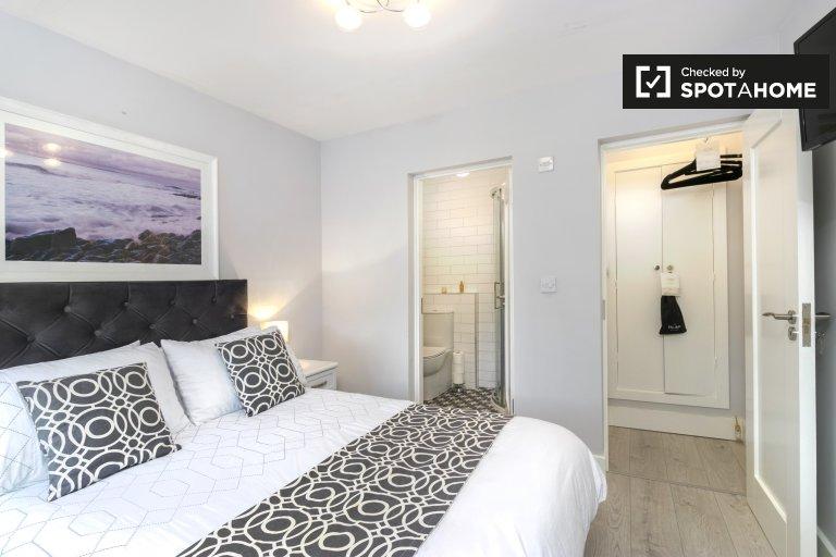 Zimmer zu vermieten in 3-Zimmer-Haus, Clontarf, Dublin