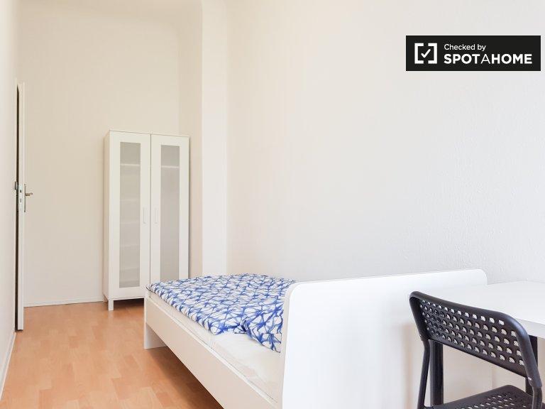 Bom quarto para alugar em Pankow, Berlim