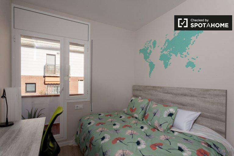 room in 7-bedroom apartment in Sants, Barcelona