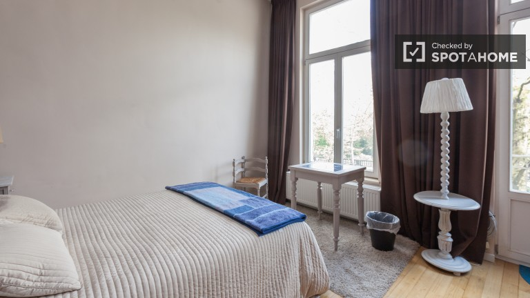 Modern room in apartment in Brussels City Centre, Brussels