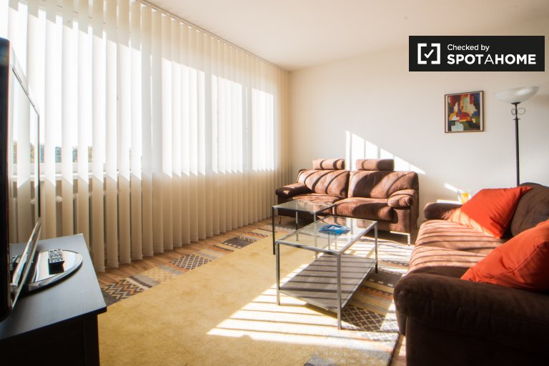 Spacious 1-bedroom apartment for rent in Charlottenburg
