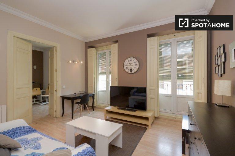 Elegante apartamento de 3 dormitorios en alquiler en Lavapiés, Madrid