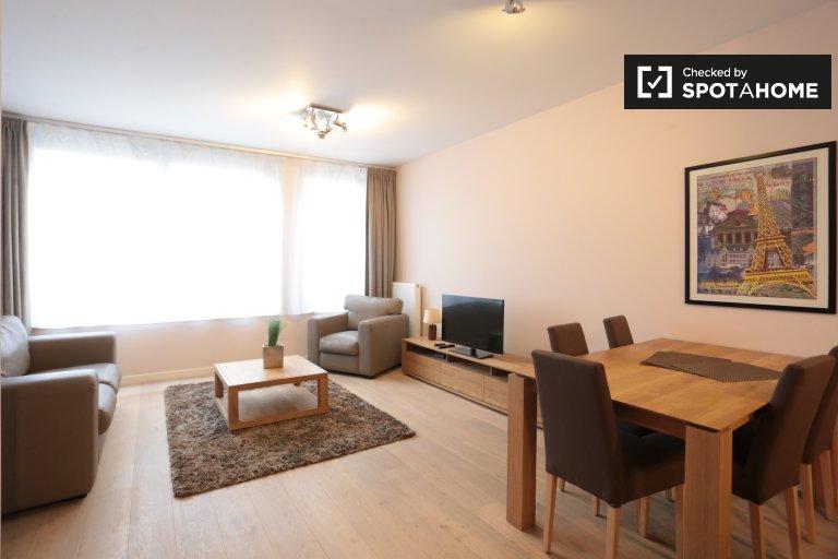 Słoneczny apartament z 2 sypialniami do wynajęcia w Centre, Bruksela