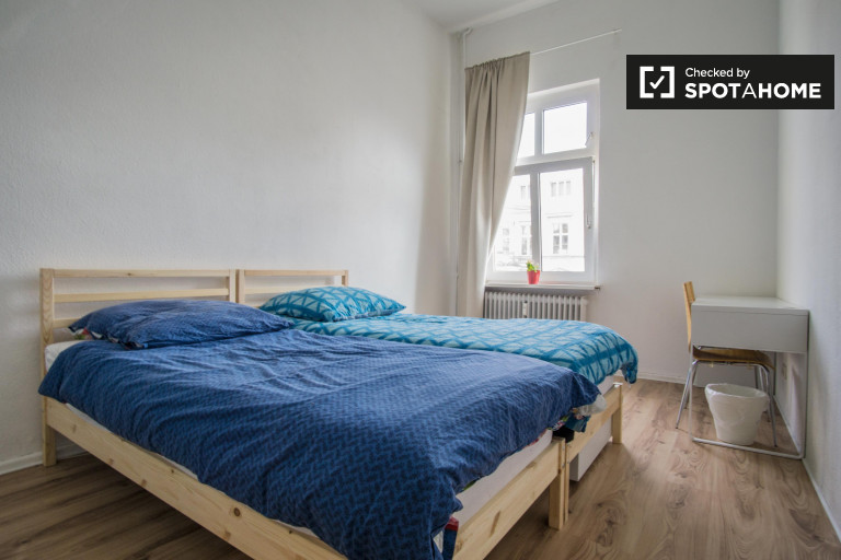 Up-to-date shared room in apartment in Mitte