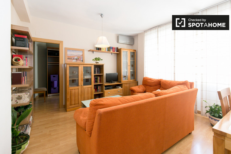 Spacious 3-bedroom apartment for rent in Realejo