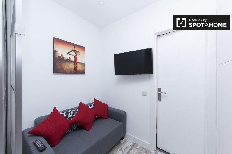 Lindo apartamento de 1 dormitorio en alquiler en Lavapiés, Madrid
