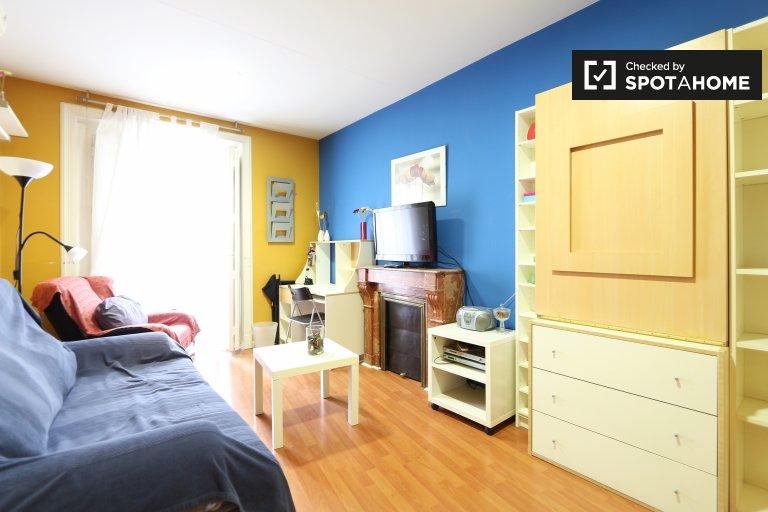 Przytulne 1-pokojowe mieszkanie do wynajęcia w La Latina, Madryt.