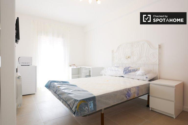 Superbe chambre à louer à Puente de Vallecas, Madrid