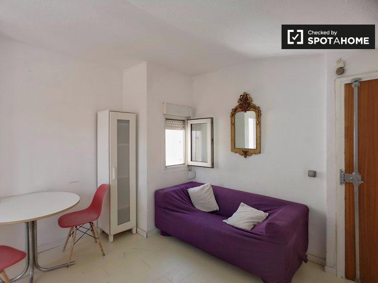 Schlichte 1-Zimmer-Wohnung zur Miete in Dreta l'Eixample
