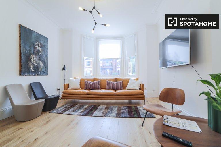 4-bedroom house to rent in Kensington & Chelsea, London