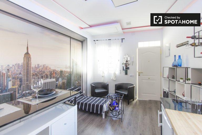 Apartamento de 4 quartos ensolarado para alugar em Carabanchel, Madrid