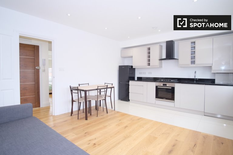 Modern 1-bedroom apartment to rent in Fulham, London