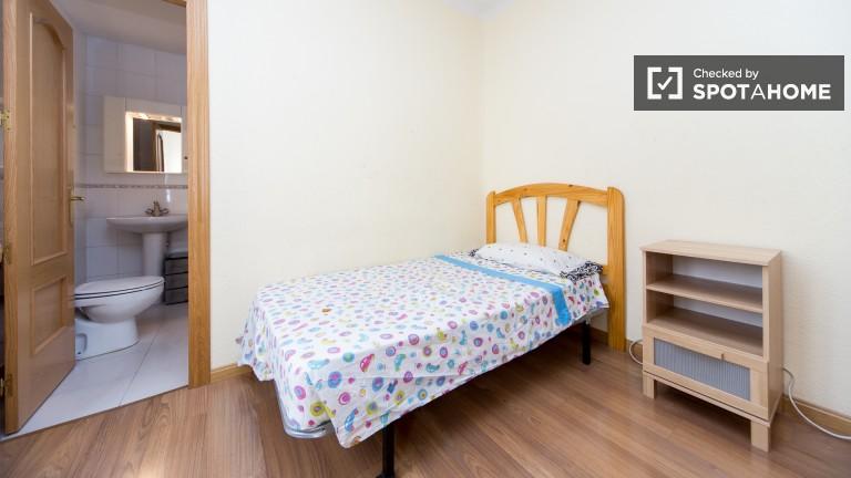 Interior single room with en-suite