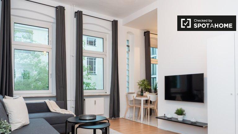 Estudio renovado en alquiler en Neukölln, Berlín