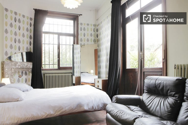 Stylish 1-bedroom apartment for rent - Schaerbeek, Brussels
