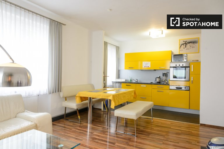 Charming 2-bedroom apartment for rent in Penzing, Vienna