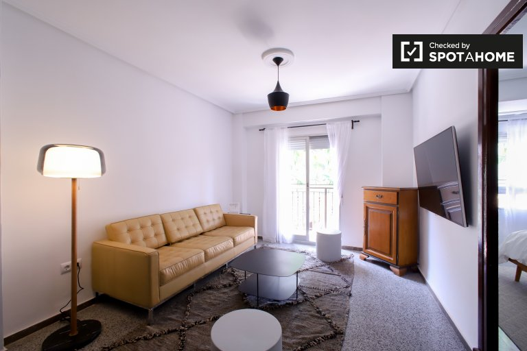 4-pokojowe mieszkanie do wynajęcia w Patraix, Valencia