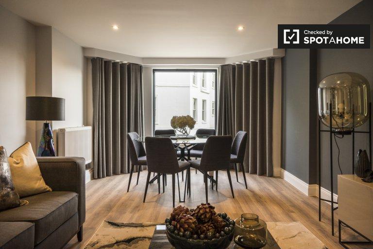 Mieszkanie z 3 sypialniami do wynajęcia w Kensington, zachodni Londyn