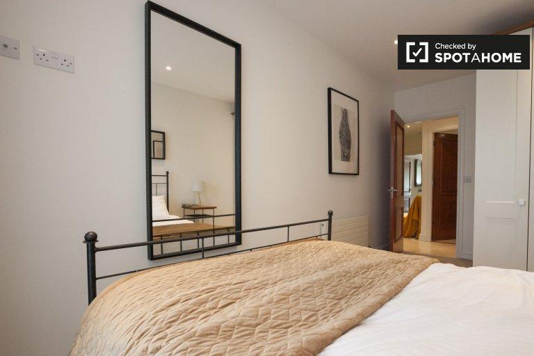 Room for rent in 2-bedroom apartment, Ballsbridge, Dublin