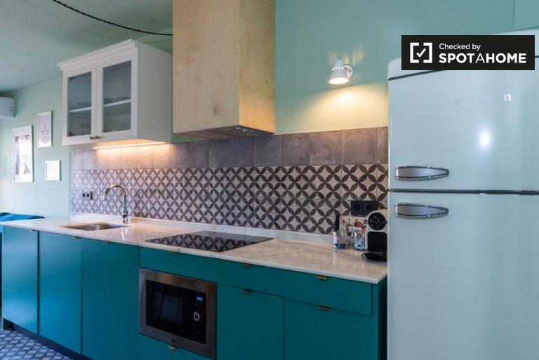 Deslumbrante apartamento de 2 quartos para alugar perto de La Sagrera
