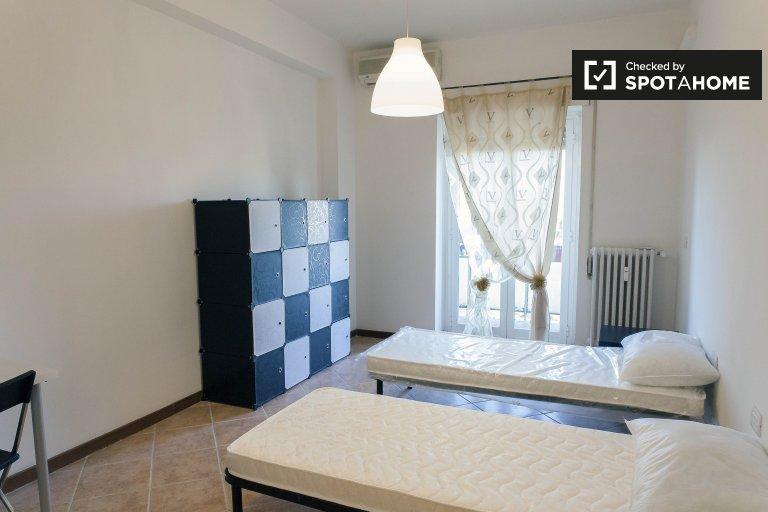 Centrocelle, Roma'da kiralık güneşli oda