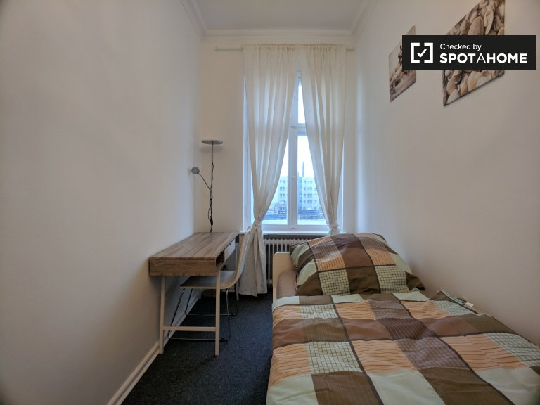 Homely room for rent in apartment with 4 bedrooms in Mitte