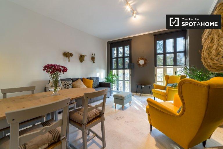 Valensiya'da kira için modern 3 odalı daire