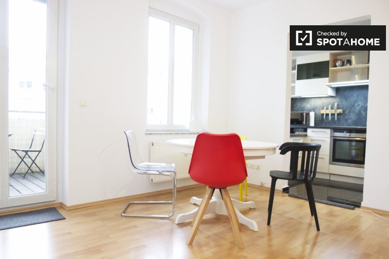 2-bedroom apartment for rent in Friedrichshain