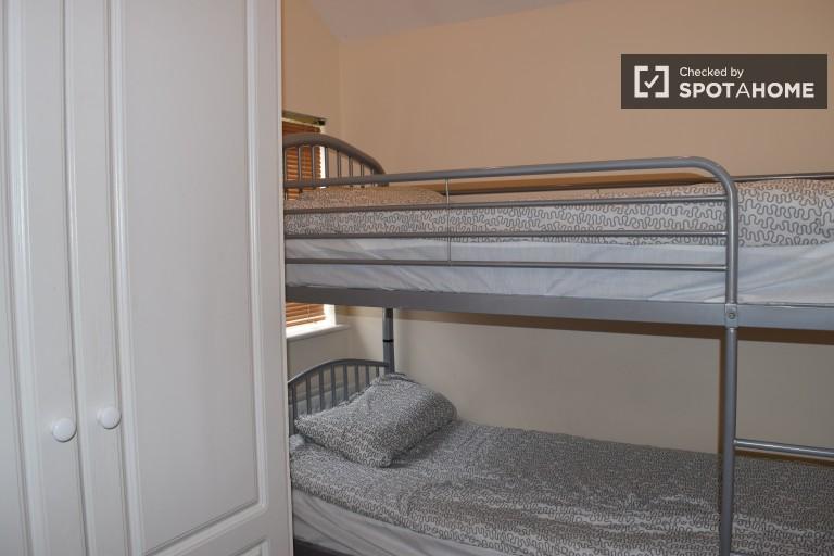 Schlafzimmer 2 - Bett 1