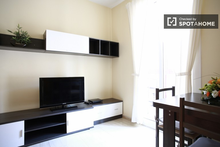 Great 3-bedroom apartment to rent in Eixample Dret