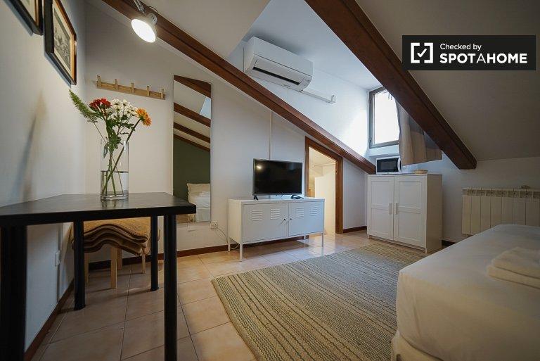 Nowoczesny apartament typu studio do wynajęcia w Centro w Madrycie