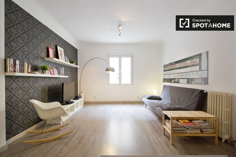 2-bedroom apartment for rent in Pacífico, Madrid