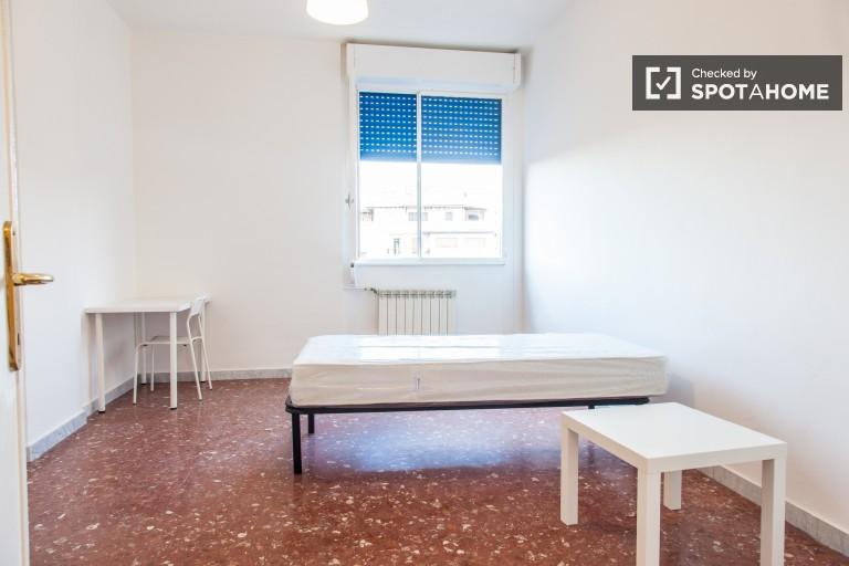 2 Schlafzimmer Geräumige Wohnung zu vermieten, Tiburtina, Rom