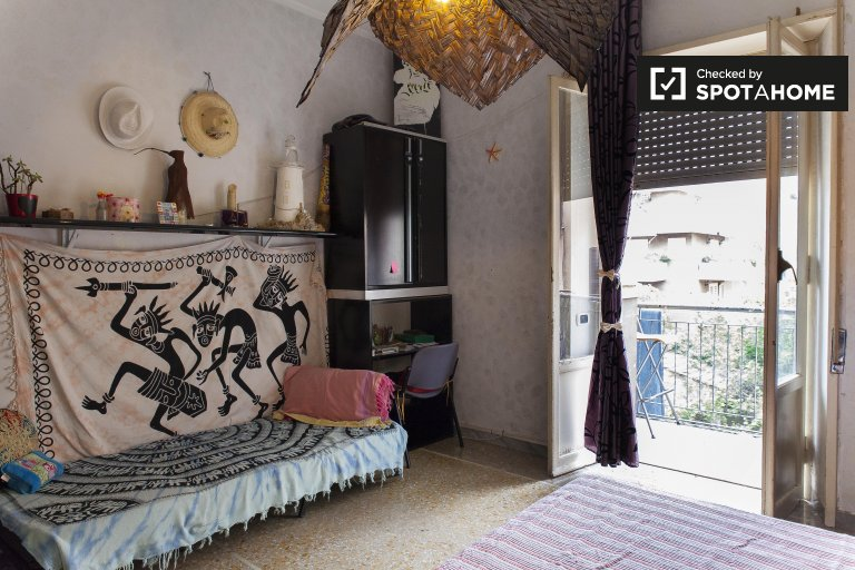 Einzigartiges Zimmer in Centocelle, Rom