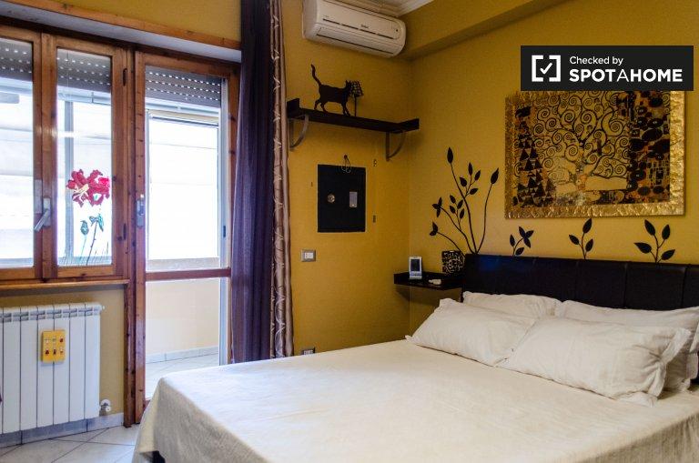 Appartement de 2 chambres à louer à Colle Monfortani, Rome