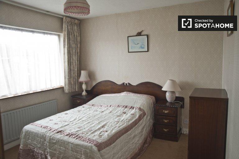 Chambre confortable à louer à Templeogue, Dublin