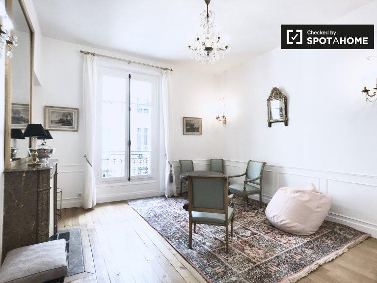 Appartement chic à louer dans le 8ème arrondissement