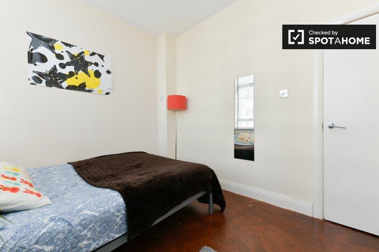 Quarto luminoso em apartamentos de 3 quartos em Old Street, Londres