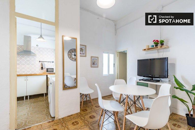 Elegancki apartament z 3 sypialniami do wynajęcia w Ciutat Vella, Walencja