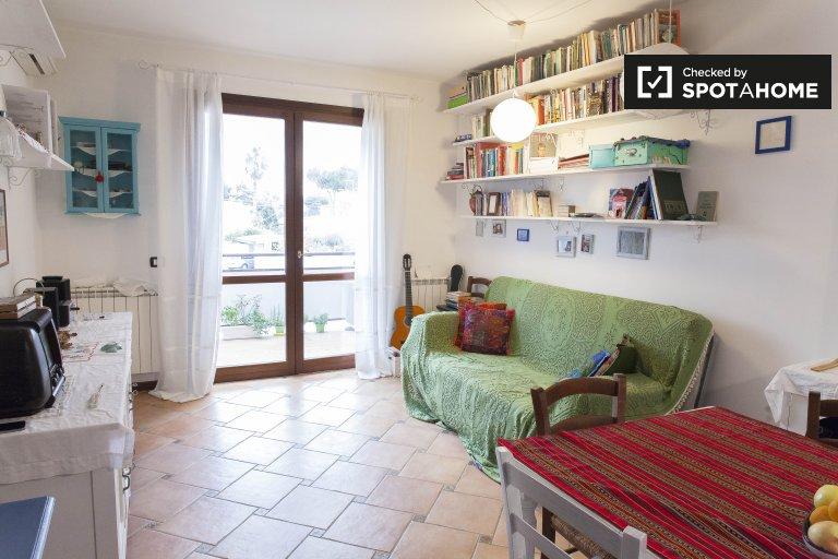 Appartement 1 chambre avec piscine à louer à Infernetto, Rome