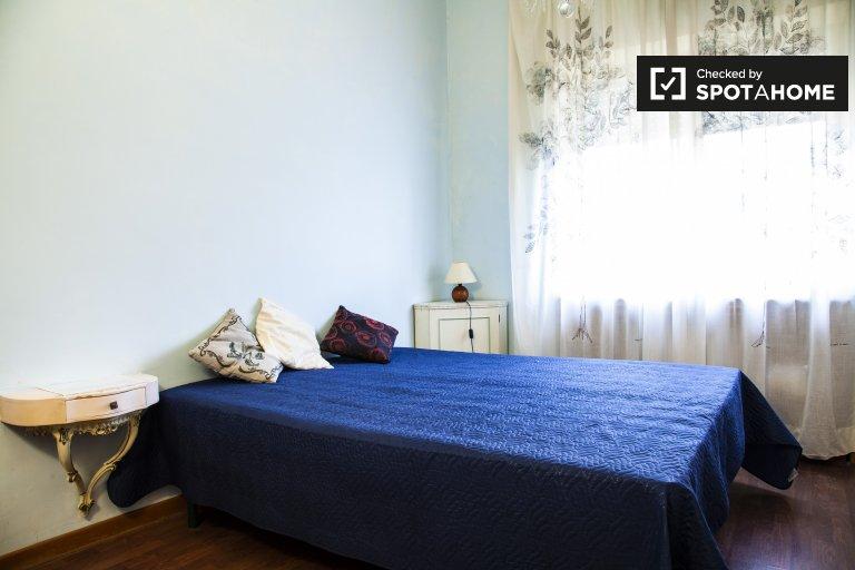 Zimmer zu vermieten in 3-Zimmer-Wohnung in Balduina, Rom