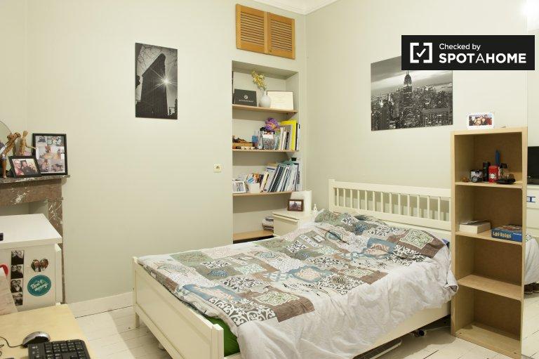 Apartamento amueblado de 1 dormitorio en alquiler, Schaerbeek, Bruselas