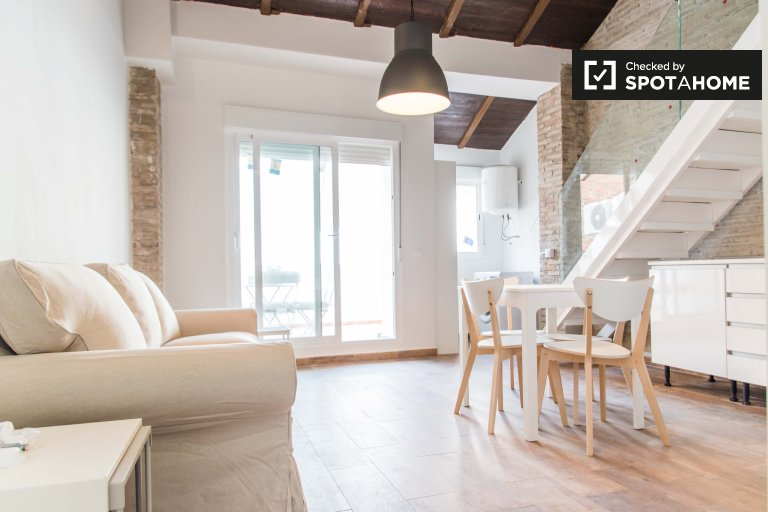 Excellent 1-bedroom apartment for rent in Poblats Marítims
