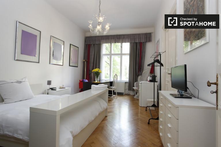 Kameralny pokój w Charlottenburg-Wilmersdorf, Berlin